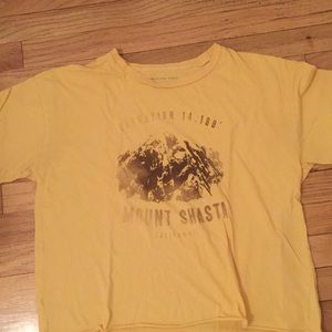Comfy American Eagle shirt, perfect for lounging!
